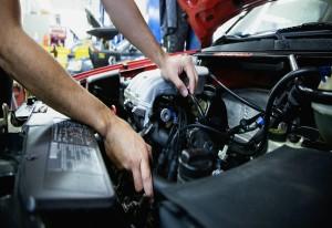 Reparatii pe care le poti face tu la masina ta
