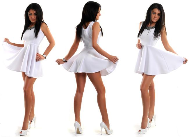 Cum se poarta o rochie alba?