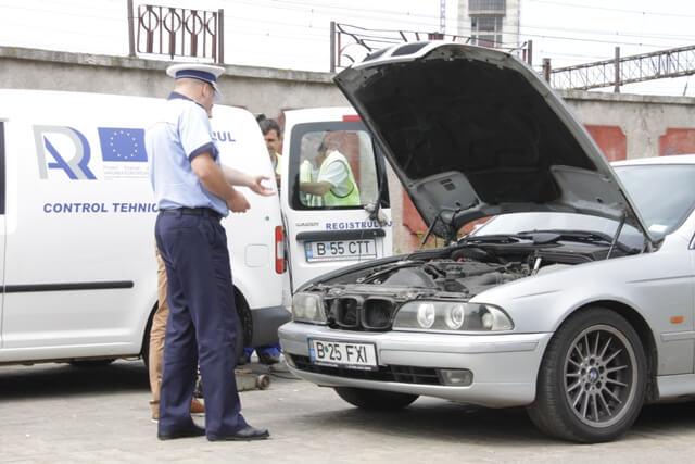 Ce verificari fac inspectorii RAR la masinile oprite in trafic?