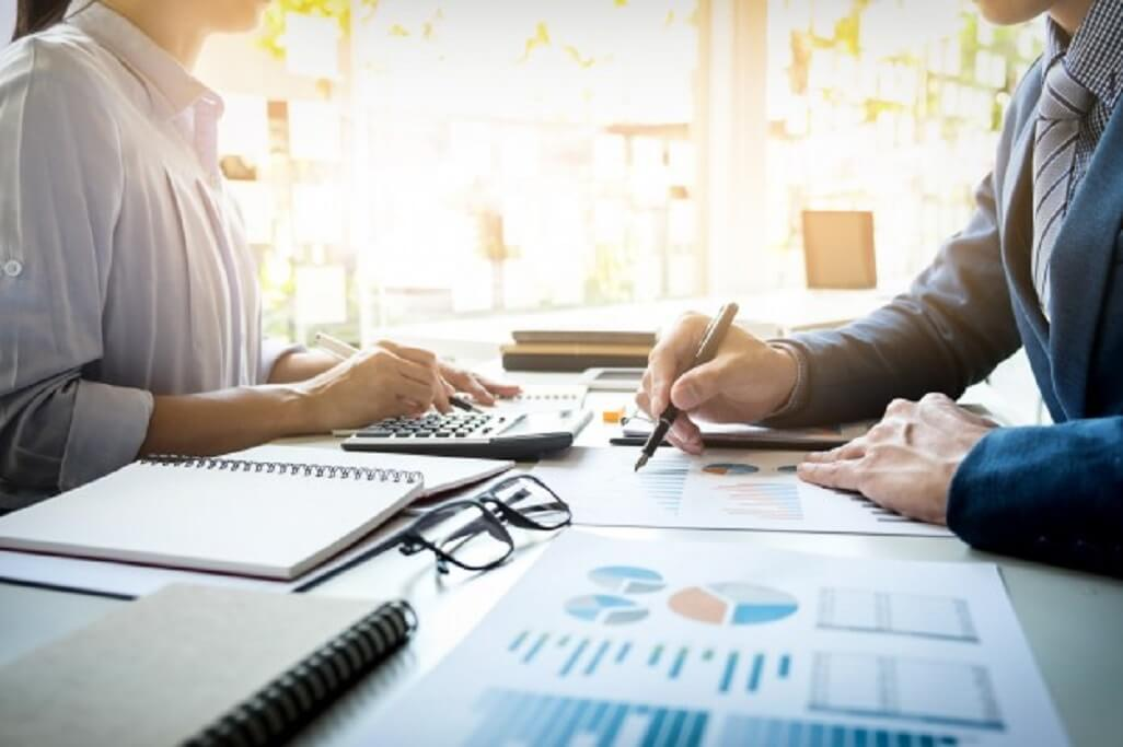 Ce aptitudini trebuie sa am pentru a deveni contabil?