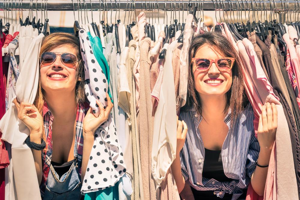 haine, accesorii si incaltaminte pentru femei la preturi reduse