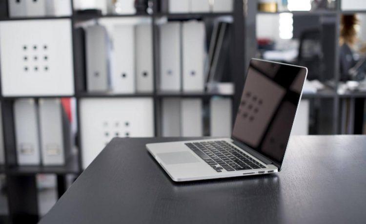 Care sunt cei mai renumiti producatori de laptopuri?