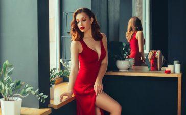 De ce adora femeile rochiile?