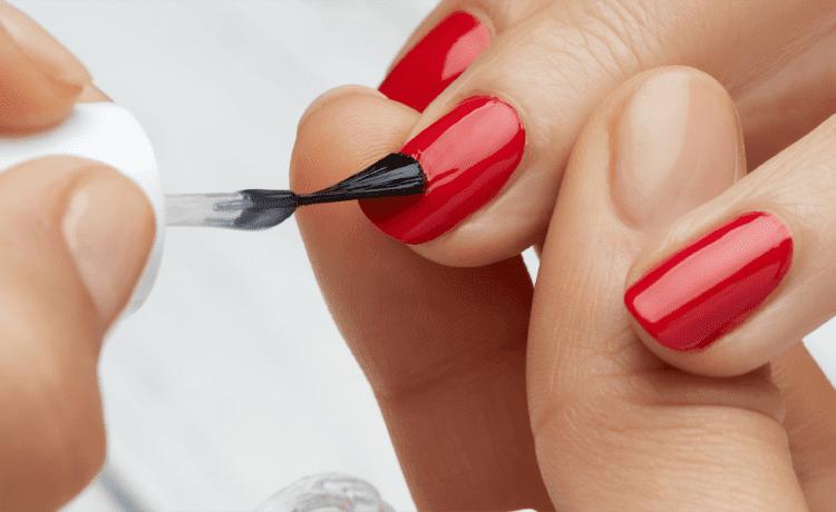 Ce avantaje au unghiile cu gel?