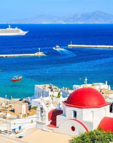 Avantajele unui city break sau a unui sejur in insula Mykonos alaturi de prietenii tai